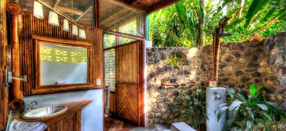 outdoor shower for the luxury casita at Iguana Lodge