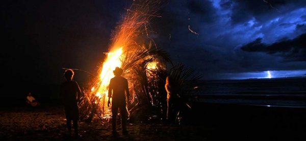 beach-bonfire-osa-peninsula