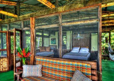 beach-house-treehouse-osa-peninsula